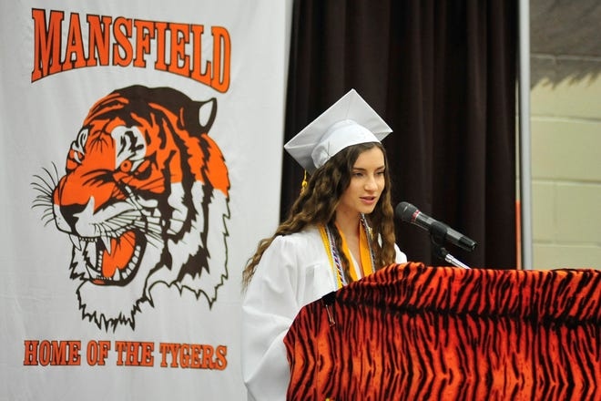 Valedictorian Megan Supron addresses the crowd during the 2019 Mansfield graduation.
