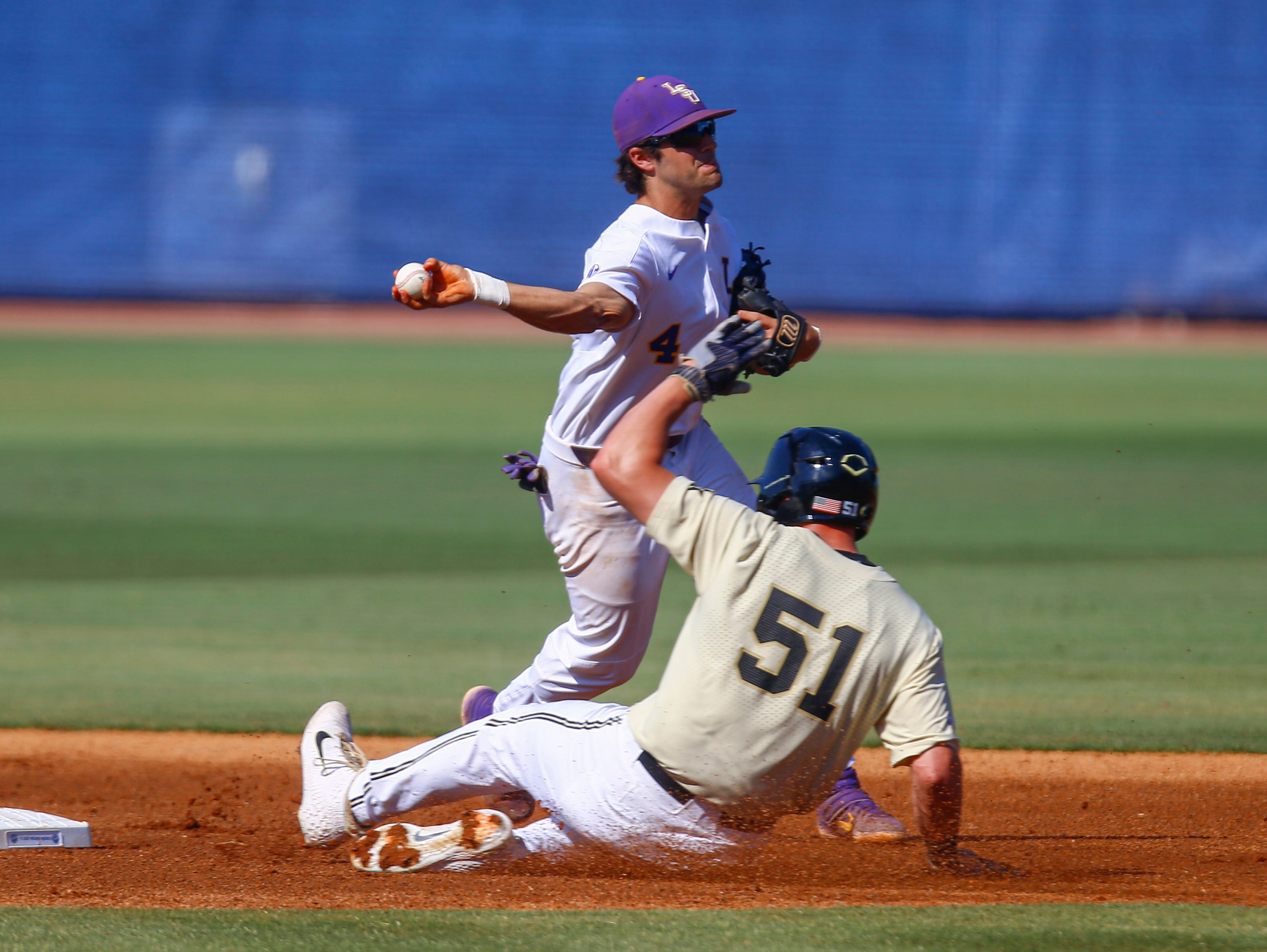 LSU eliminated from SEC Tourney by Vanderbilt, but expected to get host seed Sunday