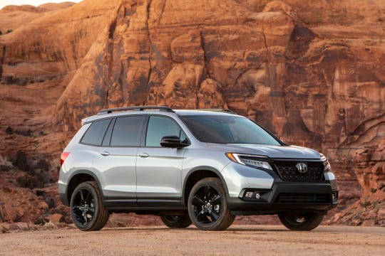 The  2019 Honda Passport combines on-road driving refinement and off-road capability.
