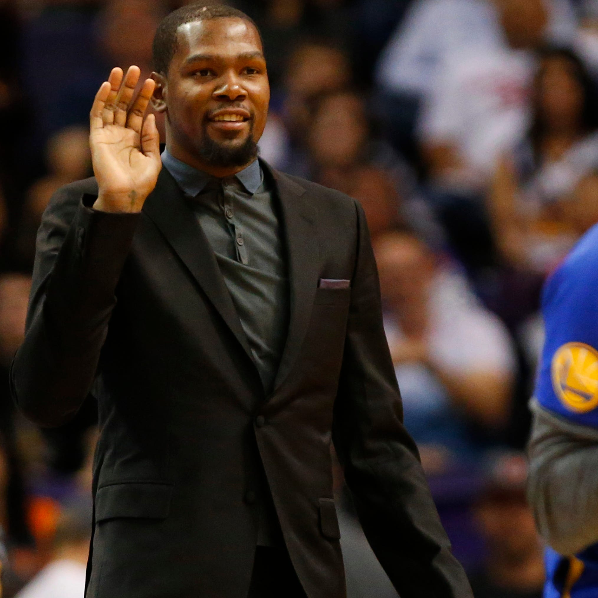 Phoenix family knows there's more to Kevin Durant's social media than feuds with trolls