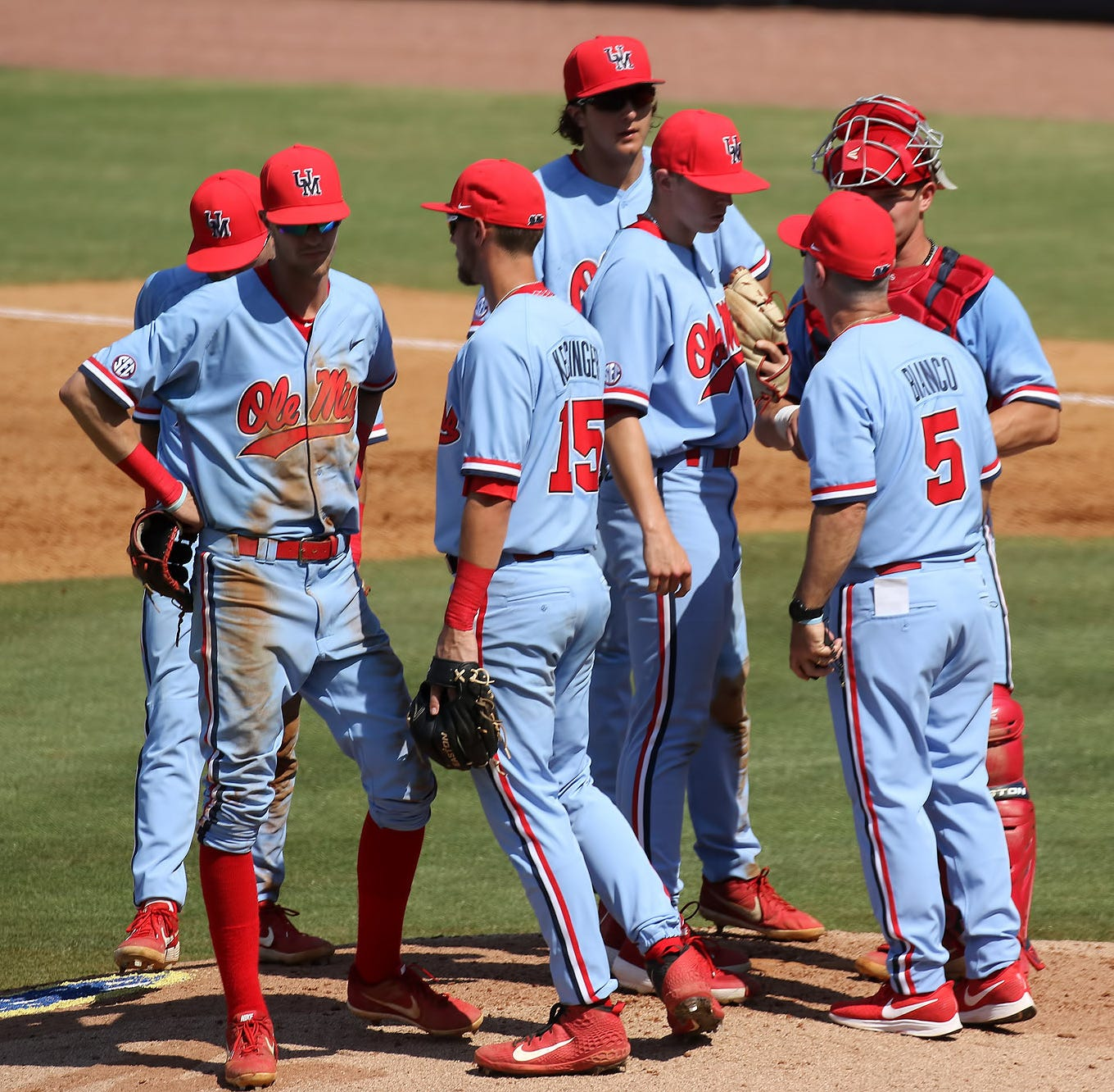 Ole Miss baseball can't hold on, loses in walk-off fashion 11-10 in SEC Championship vs. Vanderbilt