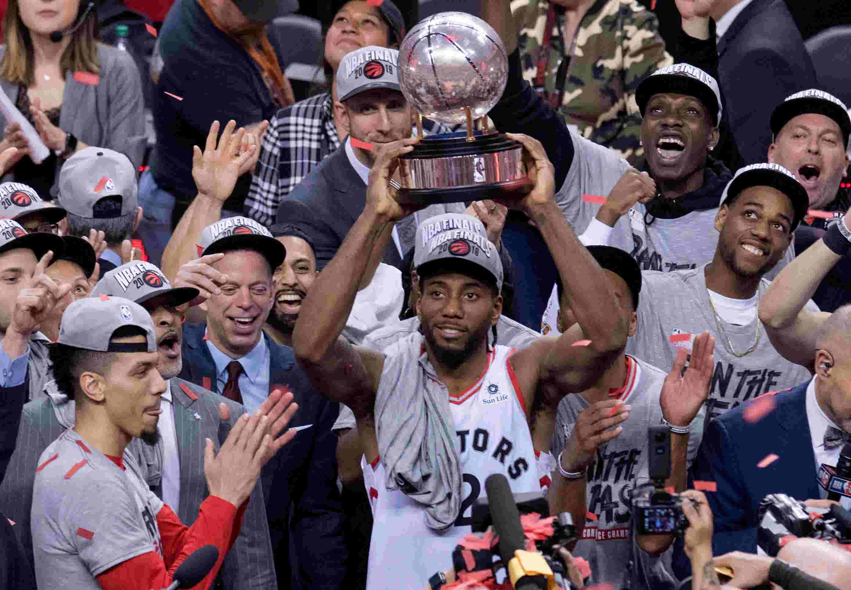 e5f59b8acb Raptors finish off Bucks in Game 6 to reach NBA Finals for first time