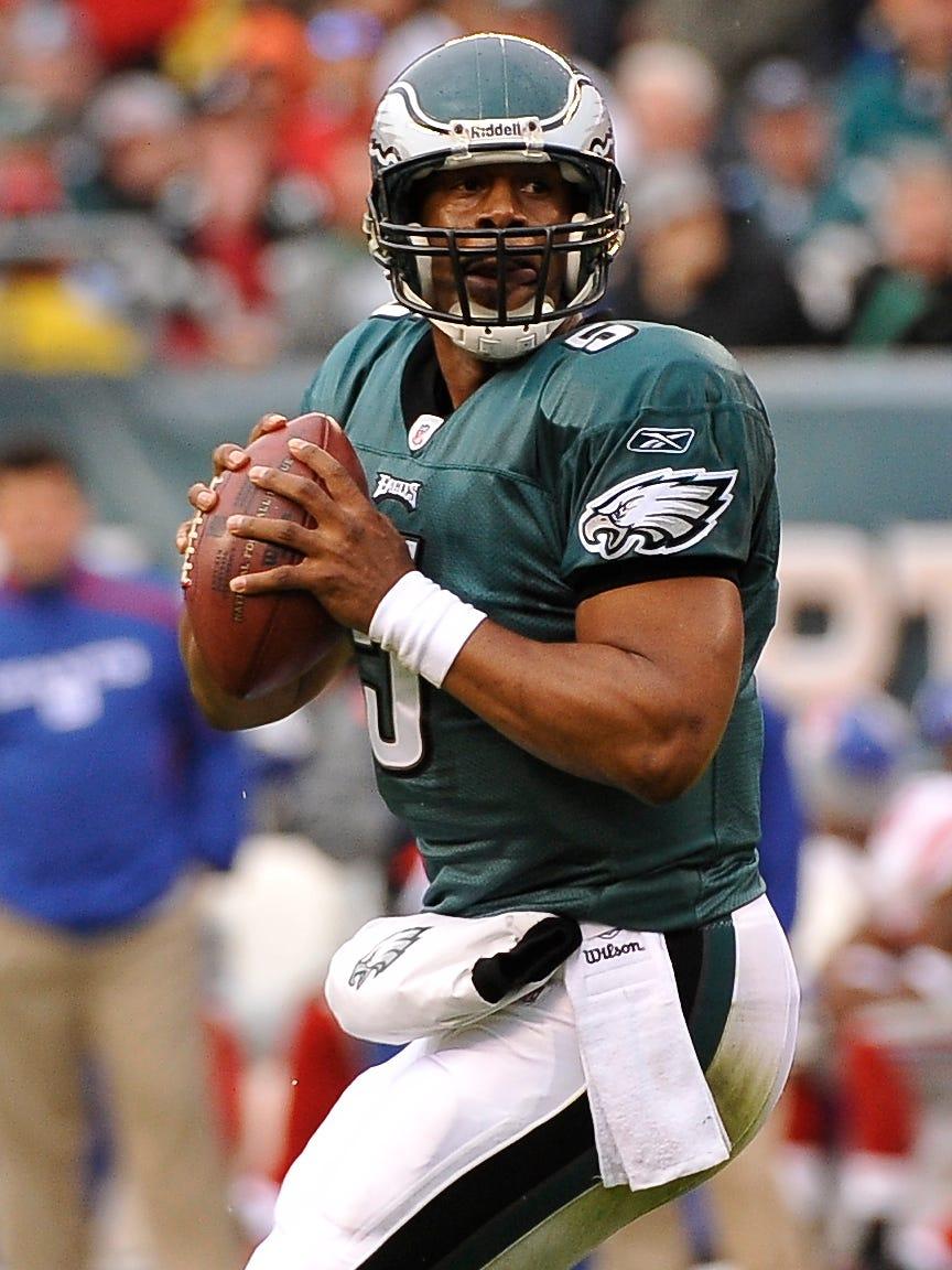 Former NFL quarterback Donovan McNabb threw 234 touchdowns in his career.