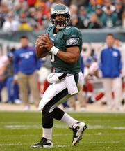 Former NFL quarterback Donovan McNabb threw 234 touchdowns in his career.