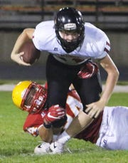 Blaise Gunnerson (yellow helmet) is one of Iowa's top 2020 football prospects.