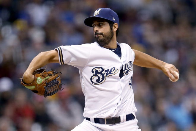 MILWAUKEE, WISCONSIN - MAY 21:  Gio Gonzalez #47 of the Milwaukee Brewers pitches in the third inning against the Cincinnati Reds at Miller Park on May 21, 2019 in Milwaukee, Wisconsin. (Photo by Dylan Buell/Getty Images)