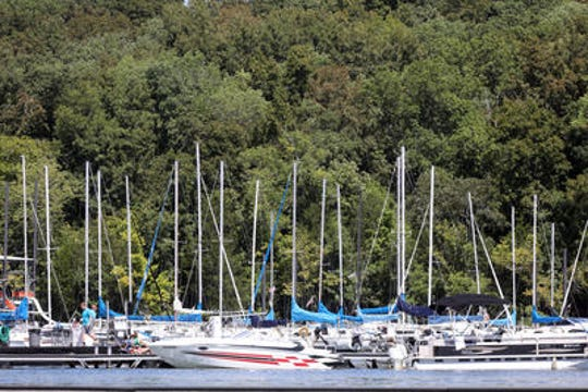 A man arrested for boating under the influence Sunday briefly escaped after asking to have his handcuff taken off to use the bathroom.