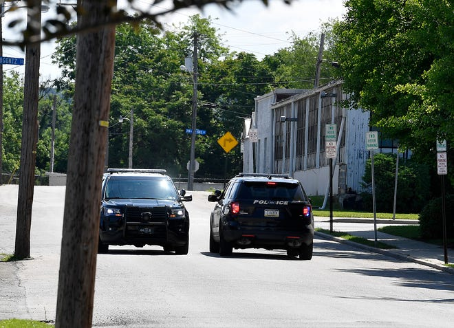 Police from multiple jurisdictions search for a man that fled from a stolen vehicle in the Hill Street and Spahn Avenue area, Monday, May 27, 2019. John A. Pavoncello photo