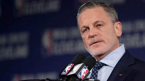 Dan Gilbert sends video to Quicken Loans employees during stroke recovery