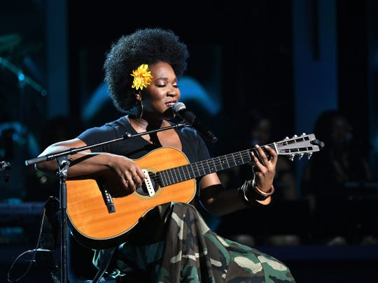"""India Arie is on tour to promote her """"Worthy"""" album."""
