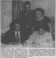 Alabama Journal clipping from Dec. 4, 1951, when NFL Fall of Famer Bart Starr signed a scholarship to play football for the University of Alabama.