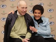 Former Green Bay Packers quarterback Bart Starr and his wife Cherry Starr pose for photos during a press conference as Bart donated several items such as a Super Bowl ring from his career to the Packers Hall of Fame at Lambeau Field on Monday, October 23, 2017 in Green Bay, Wis. Adam Wesley/USA TODAY NETWORK-Wisconsin
