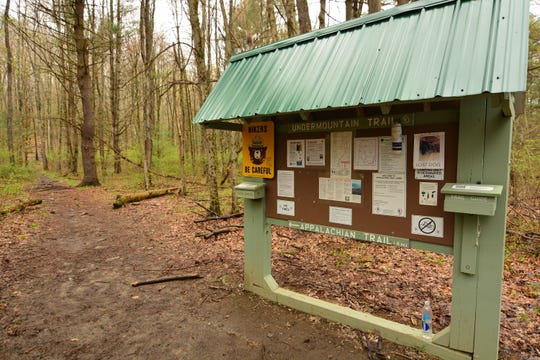 The trailhead marks the start of the Bear Mountain Trail in Connecticut.