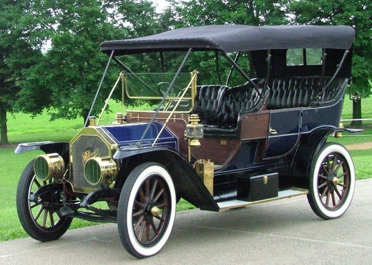 A 1910 Pullman Model K will be up for auction June 8 at the York Expo Center.