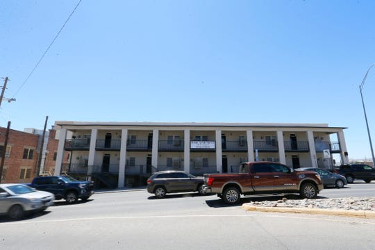 The Pearl Street Apartments, at 220 W. Yandell Drive in the Sunset Heights Historic District, would likely be demolished under a proposed expansion of Interstate 10 through Downtown El Paso.