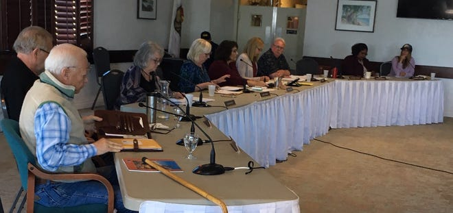 The Ventura County Fairgrounds board voted to allow three more gun shows in 2019.