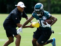 For Eagles' DeSean Jackson, it's not just about showing his speed at team activities