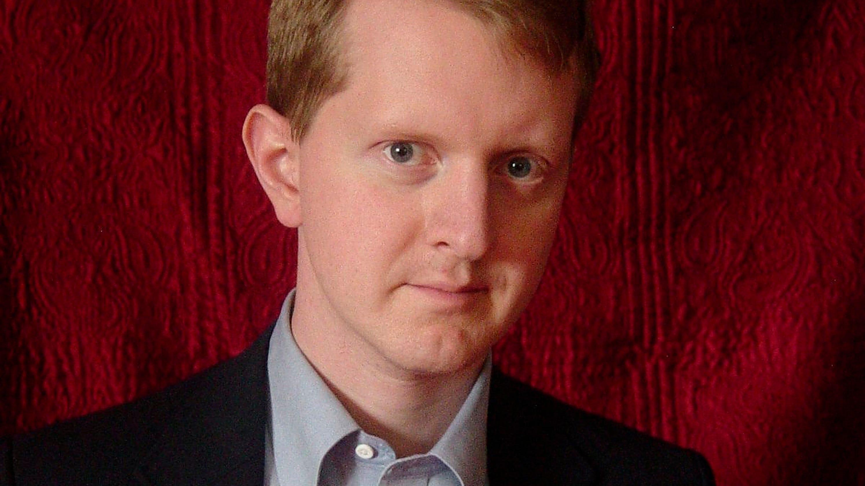 'Jeopardy!' Winner James Holzhauer Bugs Ken Jennings For