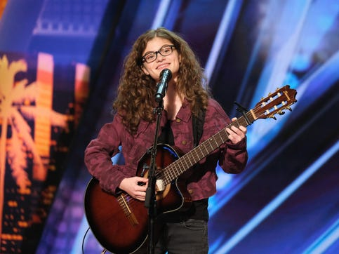 'AGT': Sophie Pecora, 15, wins Golden Buzzer from Brad Paisley with personal bullying song