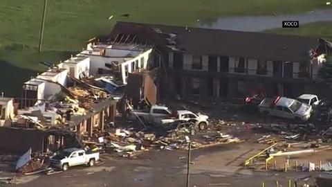 Oklahoma governor surveys tornado damage