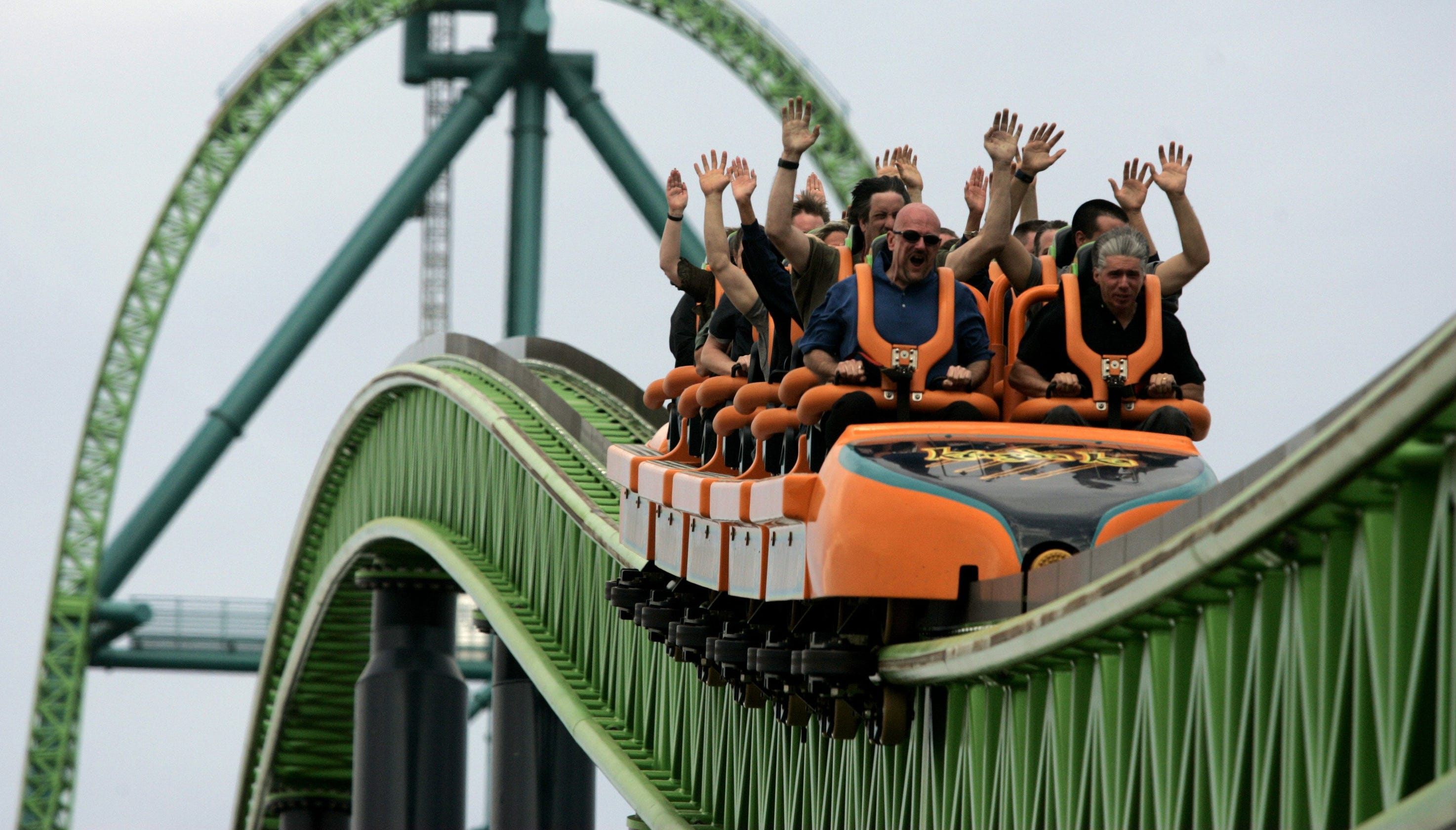 Lawsuit: Rider's height increases risk from Kingda Ka roller