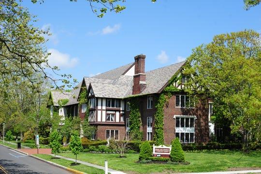 The Spring Lake Garden Club invites all garden enthusiasts to tour eightunique, private Spring Lake gardens
