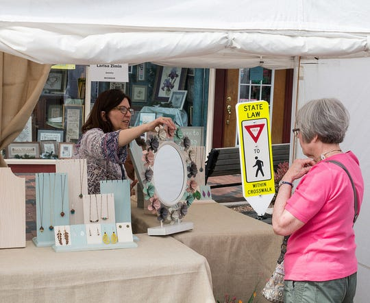Art on the Grand will bring about 100 artists to downtown Farmington this weekend.
