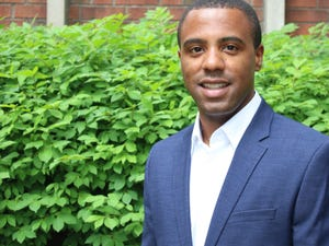 Jeffrey Cross is the First-Year Experience Coordinator at Spalding University.