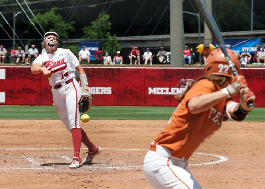 Alabama freshman pitcher Montana Fouts  pitching in an 8-5 win over Texas May 25.
