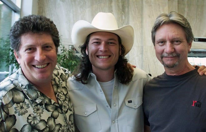 """Dan Keen, Blake Shelton and Ralph Murphy at the the Number One party for the song """"Austin"""" in 2003."""