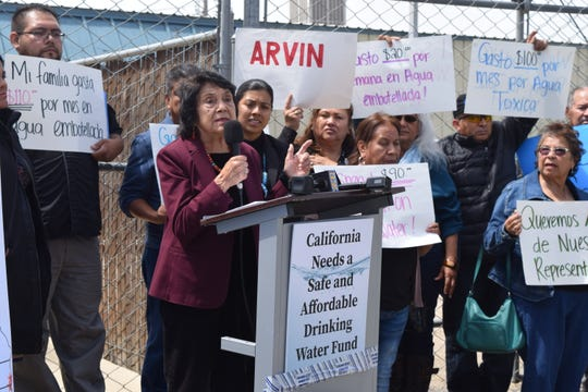 Doores Huerta voices her support for the Safe and Affordable Drinking Water Fund at a Bakersfield Rally on Tuesday.