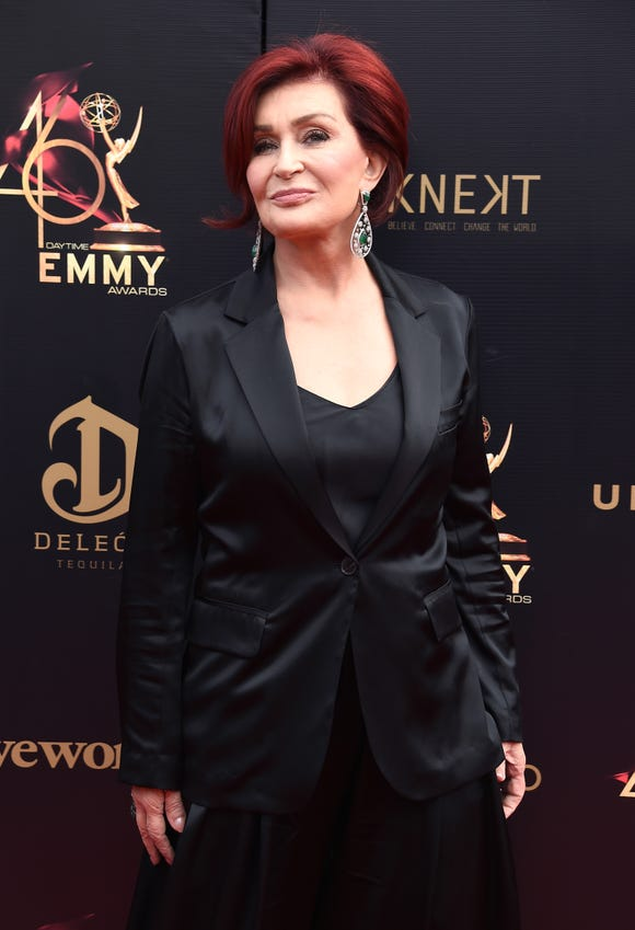 Look closely at this photo of Sharon Osbourne. When you see her in the fall, she may look completely different.