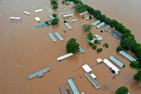 Oklahoma threatened by floods