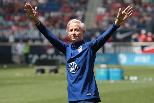 U.S. women's soccer star Megan Rapinoe 'won't fake it' by accepting White House offer