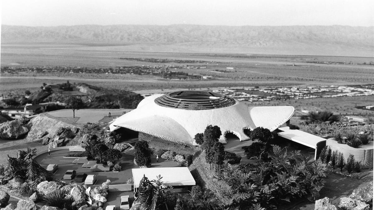 Iconic Bob Hope House In Palm Springs Has Views Of Entire Coachella Valley