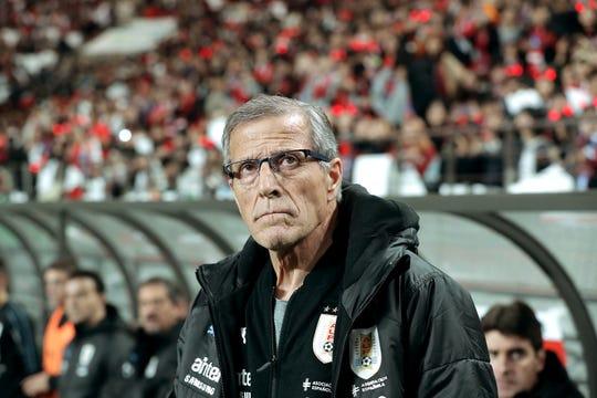 Oscar Tabárez,  director técnico de Uruguay.