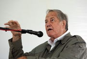 Jim Fowler, the former host of Mutual of Omaha's Wild Kingdom, will be honored at the 27th annual Birds of Prey Day at Green Chimneys in Patterson on June 2, 2019.