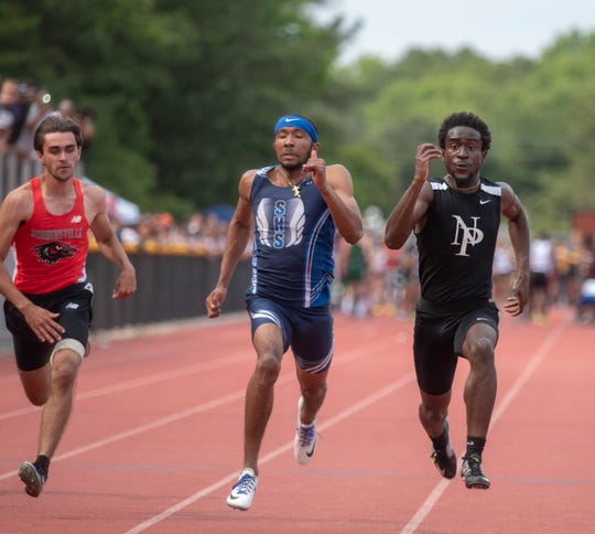 North Plainfield's Daniel Duncan (far right) wins the Group 2 boys 100 dash