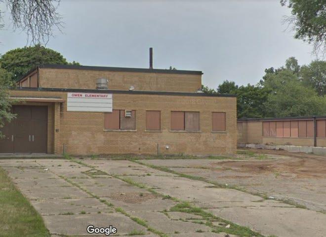 A fire was set inside the former Owen Elementary School building on Columbia Avenue in Pontiac.