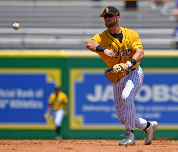 Southern Miss second baseman Matthew Guidry (7) throws to first base to force out Arizona State's Lyle Lin in the second inning during the NCAA college baseball regional tournament, Friday, May 31, 2019,  in Baton Rouge, La. (Hilary Scheinuk/The Advocate via AP)