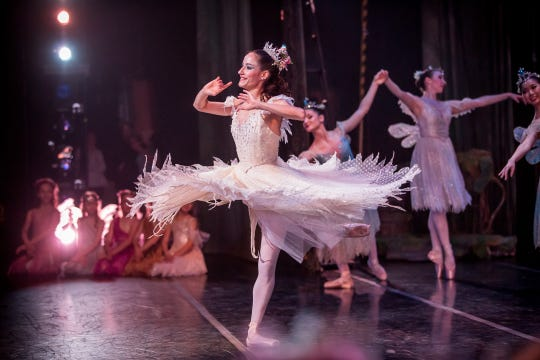 "Annia Hidalgo dances in Milwaukee Ballet's ""A Midsummer Night's Dream."""