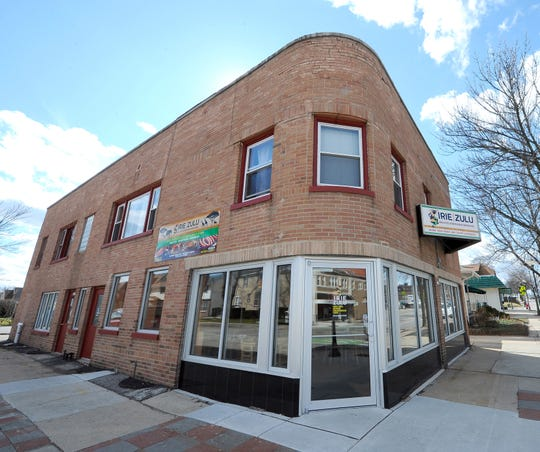 The Irie Zula restaurant on North Avenue in Wauwatosa will be replaced with Cello Pizza, a new pizza joint from the Balistreri brothers