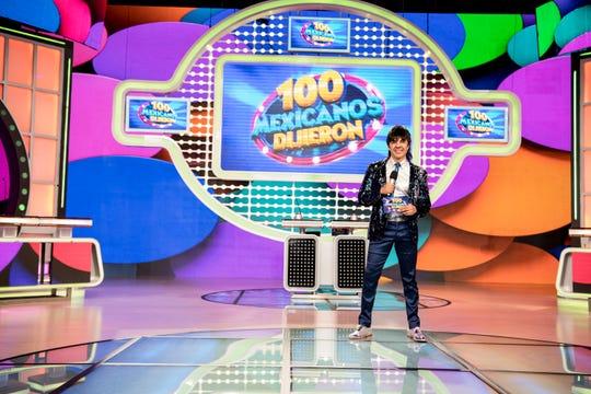 """Adrián está listo para iniciar una nueva temporada de su exitoso programa """"!00 Mexicanos Dijieron""""."""