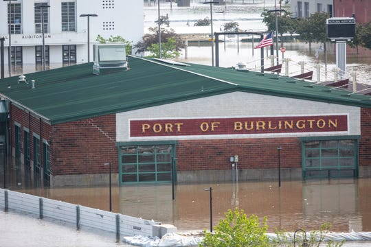 Burlington flooding: HESCO barrier fails, downtown overrun