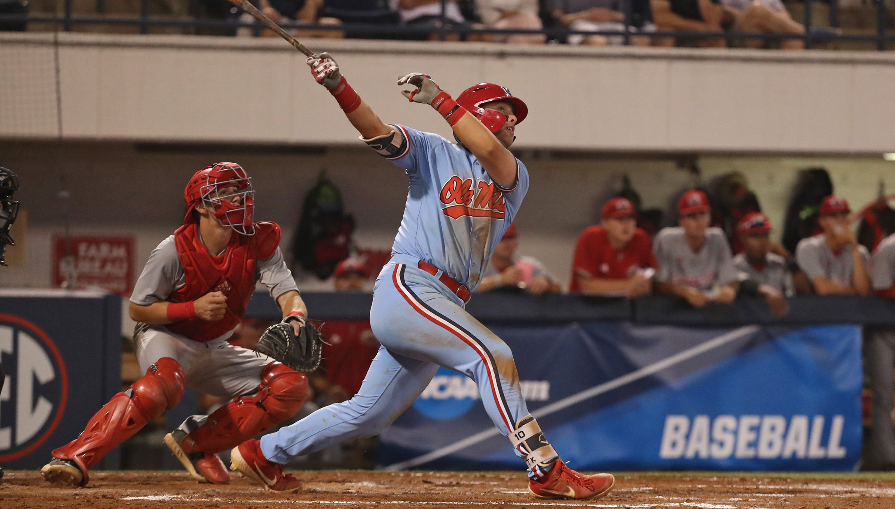 Ole Miss baseball routs Jacksonville State 16-2 in NCAA Tournament opener, advances to winners' bracket