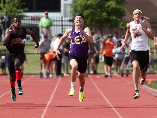 Lexington's Alex Green competes in the Division I 100 Saturday, June 1, 2019, at the State Track and Field Tournament in Jesse Owens Memorial Stadium.