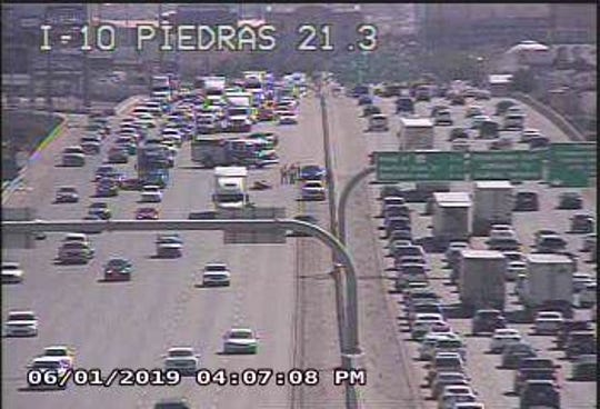 Motorcycle, semi-trailer crash causes traffic delay on I-10 in El