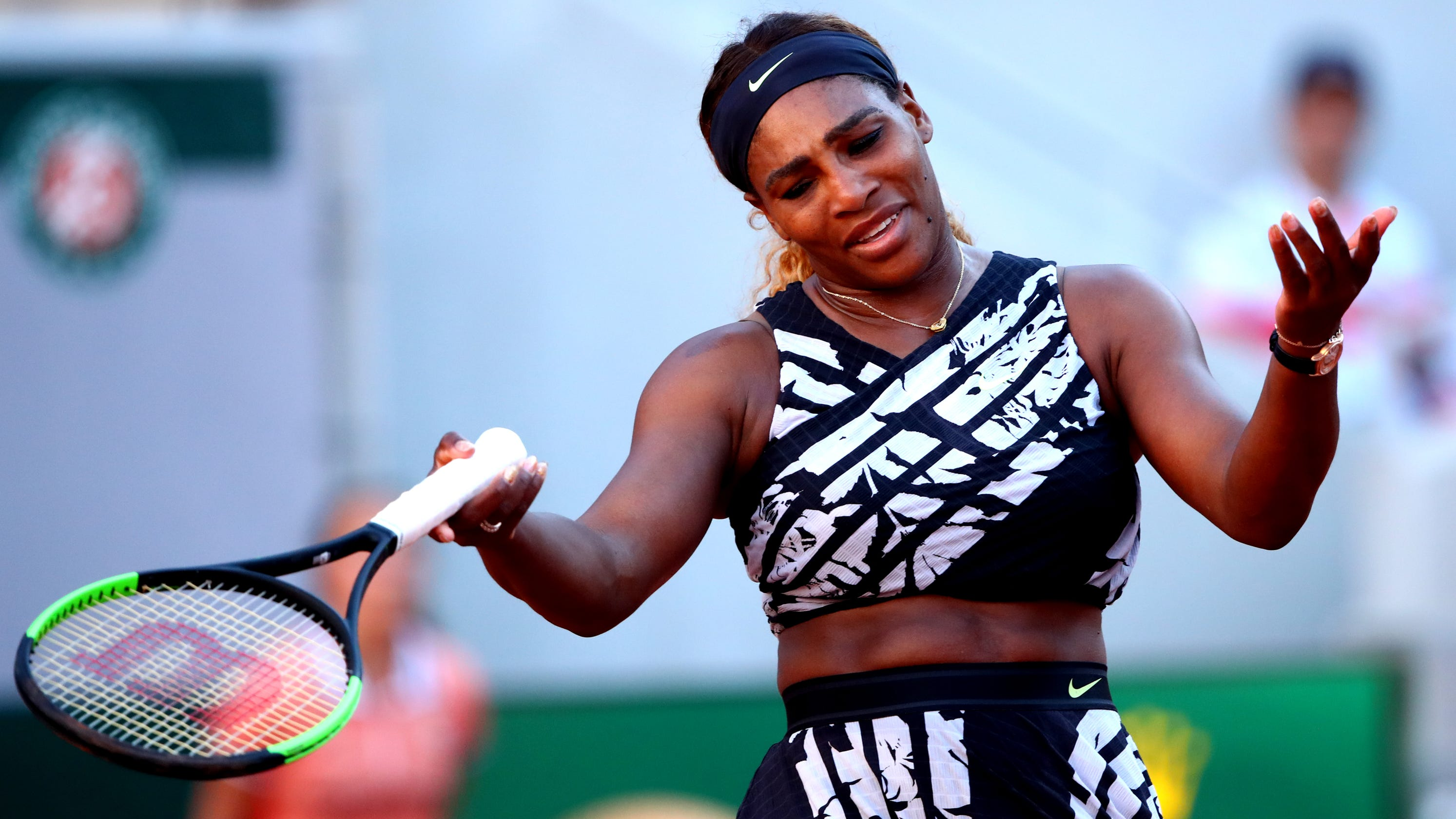 Serena Williams pulls out of hyped French Open showdown ...