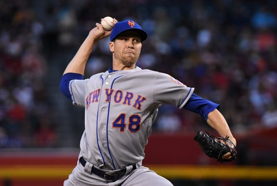 Jacob Degrom #48 of the New York Mets delivers a first inning pitch against the Arizona Diamondbacks at Chase Field on June 1, 2019 in Phoenix, Arizona.
