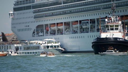 Cruise ship collides with tourist boat at Venice dock